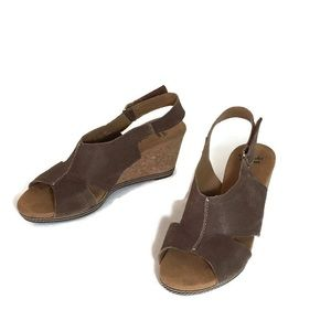 Clarks Soft Cushion Brown Leather Wedge Sandals 10